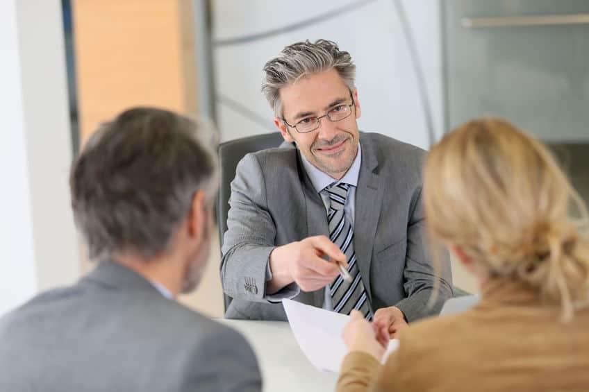 כמה עולה עורך דין גירושין?